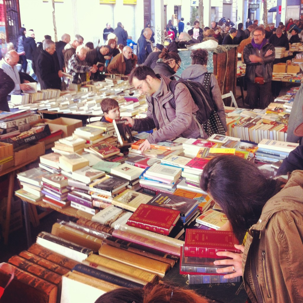 Discovering local life at the sant antoni book market - Moritz ronda sant antoni ...