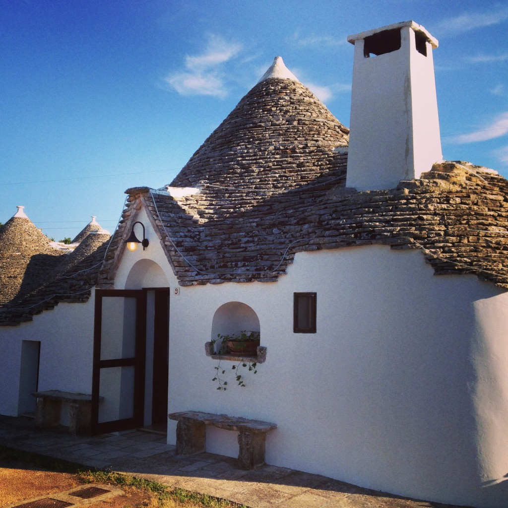 stay in a trullo in Alberobello